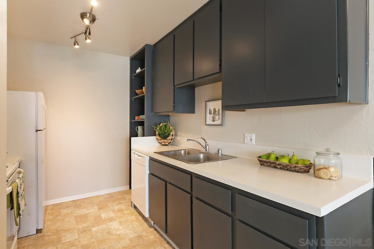 Photo for 2055 Front St #9, San Diego, CA 92101 (MLS # 210025277)