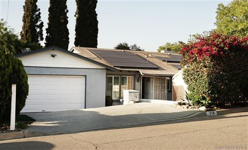 Photo of 718 Driftwood, Fallbrook, CA 92028 (MLS # 210013281)