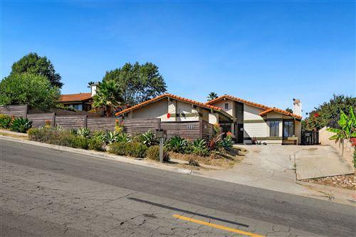 Photo of 1081 Tylee St, Vista, CA 92083 (MLS # 200046283)