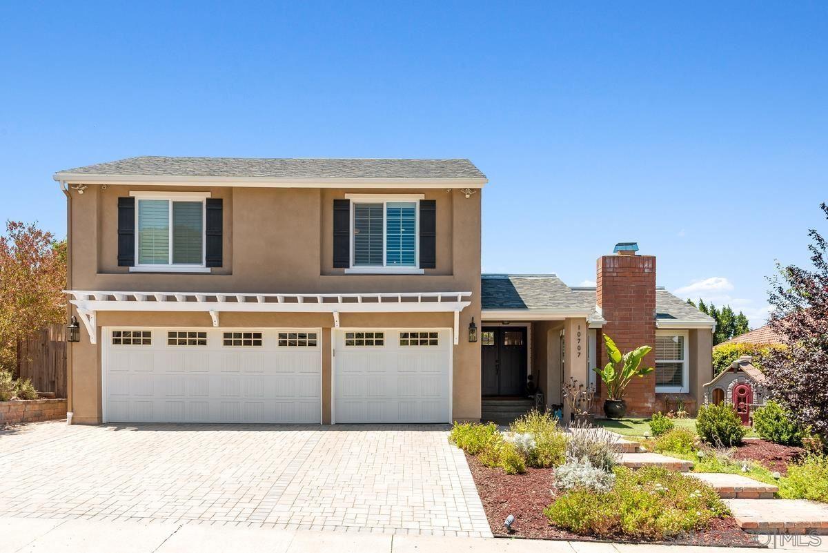 Photo of 10707 Brookview Ln, San Diego, CA 92131 (MLS # 210016283)