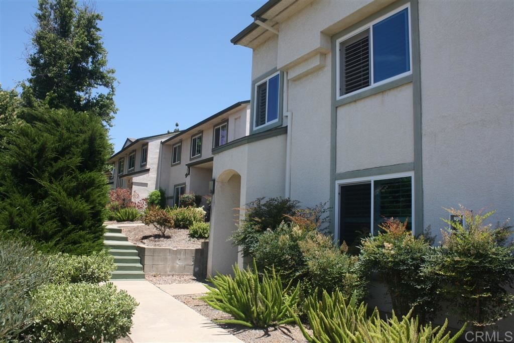 Photo of 10636 King Phillip Ct, Santee, CA 92071 (MLS # 200029287)