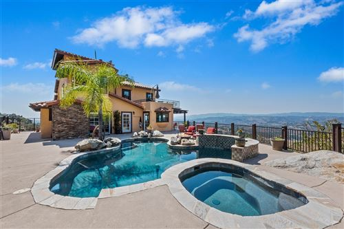 Photo of 3223 Red Mountain Heights Dr., Fallbrook, CA 92028 (MLS # 200042292)