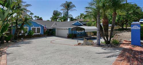 Photo of 1045 Emelita St, Fallbrook, CA 92028 (MLS # 210026293)