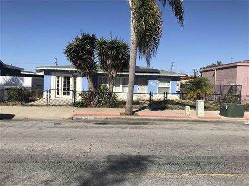 Photo of 1342 BUSH ST, OCEANSIDE, CA 92058 (MLS # 210029296)