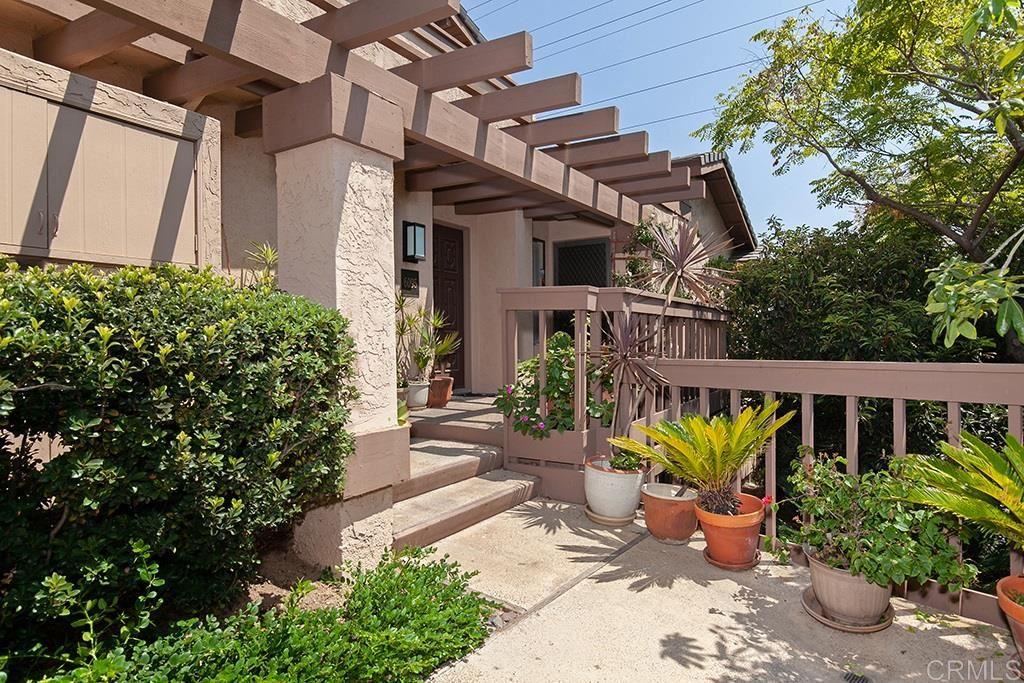 Photo of 6087 CUMULUS LN, SAN DIEGO, CA 92110 (MLS # 200041298)