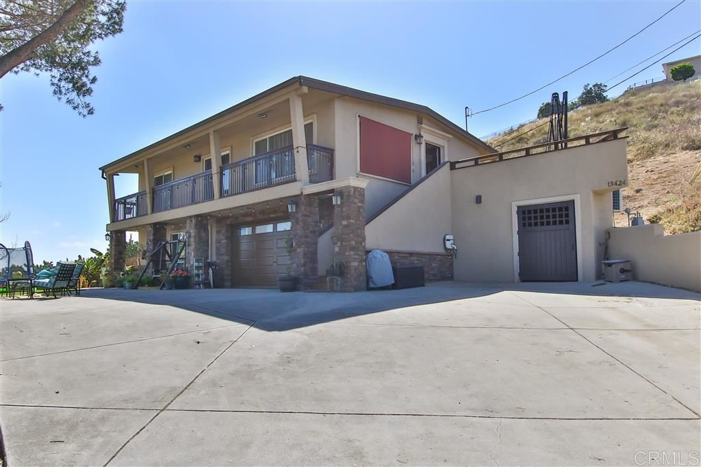Photo of 13424 Ann O Reno Ln, Poway, CA 92064 (MLS # 200030299)
