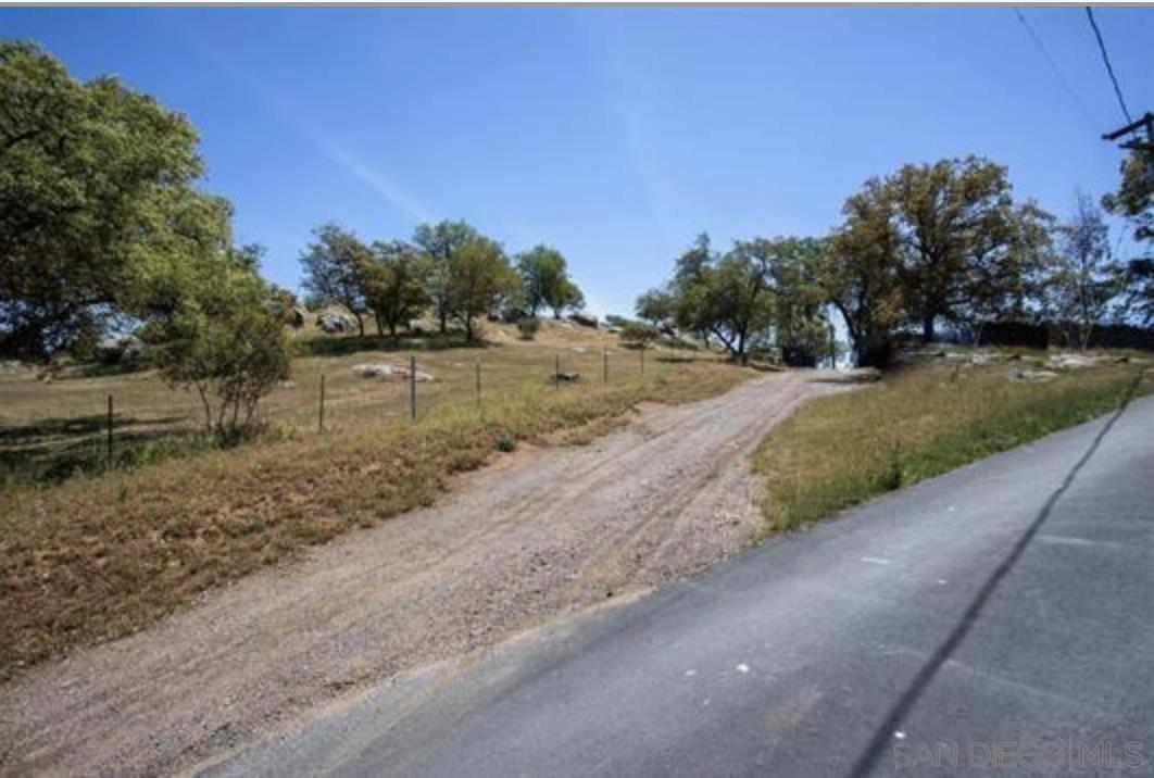Photo of 19309 Casner Rd, Ramona, CA 92065 (MLS # 210029300)