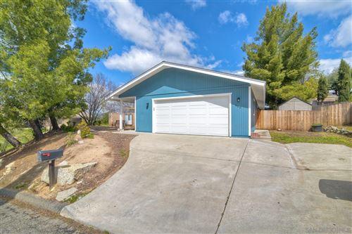 Photo of 660 Sabrina Terrace, Ramona, CA 92065 (MLS # 210009301)