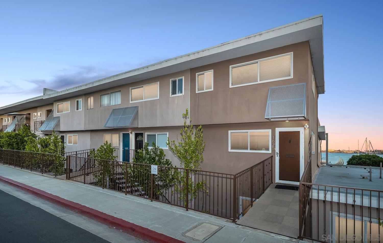 Photo of 1625 Glorietta Blvd, Coronado, CA 92118 (MLS # 210029303)