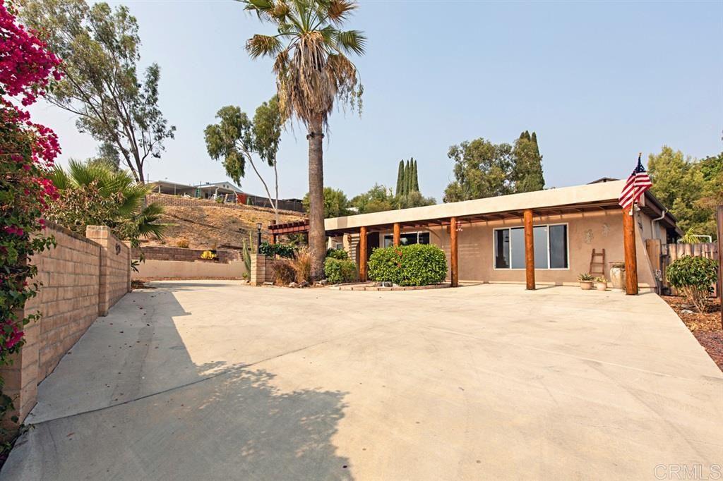 Photo of 10068 Lake Canyon Ct, Santee, CA 92071 (MLS # 200045306)
