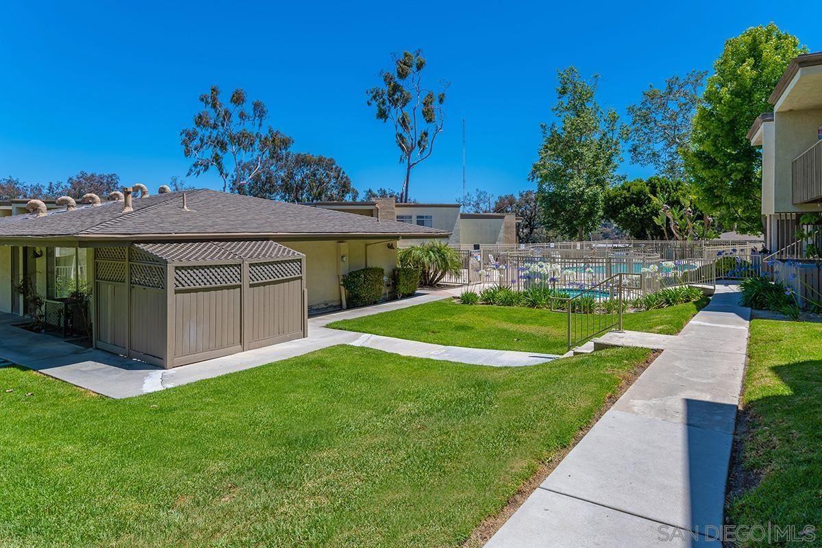 Photo of 432 Edgehill #23, Oceanside, CA 92054 (MLS # 210016306)