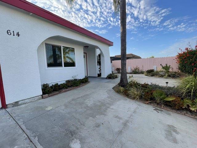 Photo of 614 Carillo Circle, Oceanside, CA 92054 (MLS # NDP2111306)