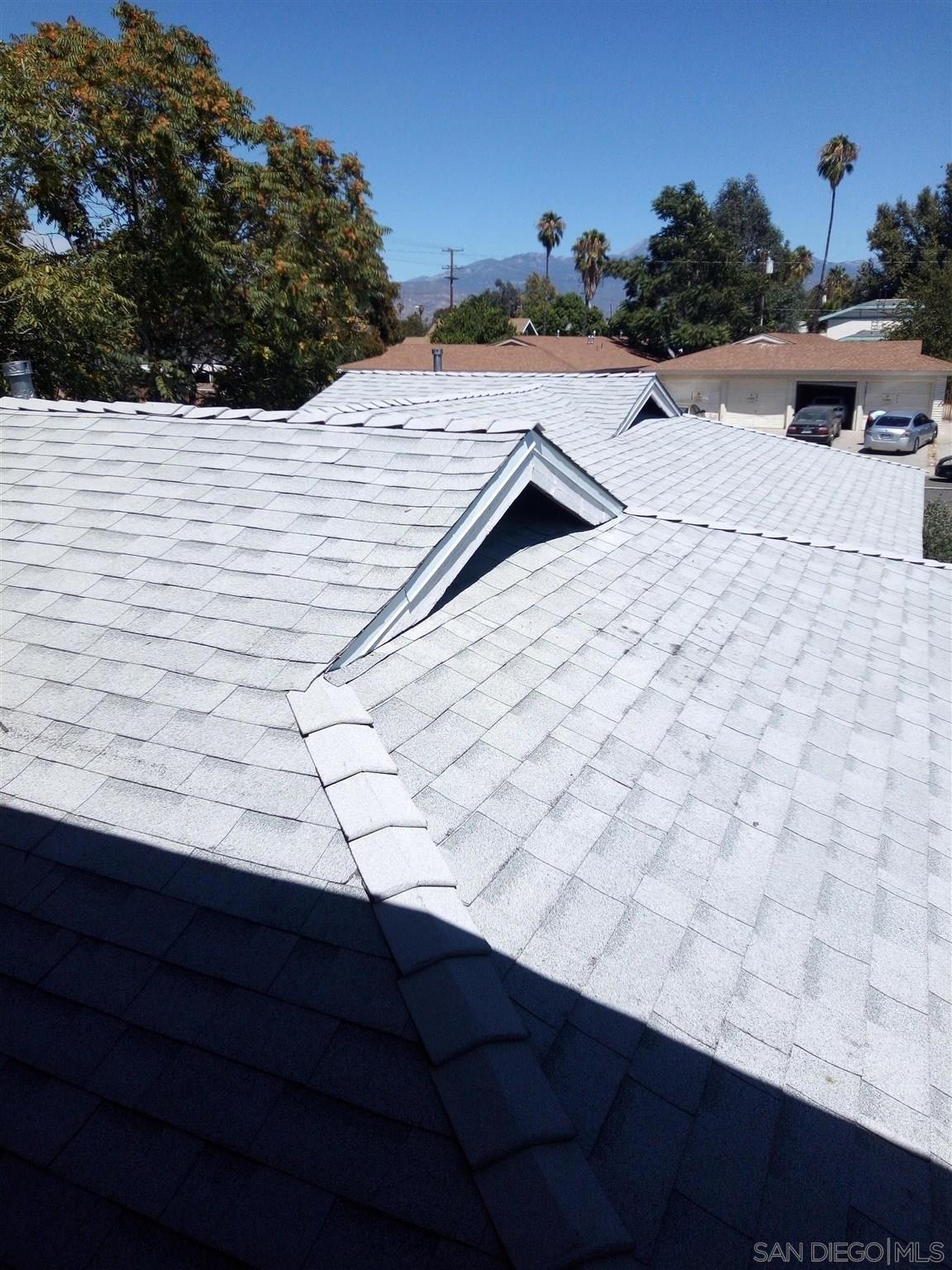 Photo of 281 N Valley View Drive, Hemet, CA 92543 (MLS # 210016310)