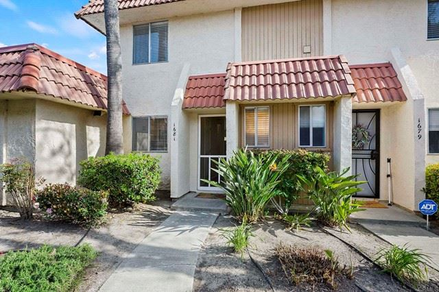 Photo of 1681 Rue De Valle, San Marcos, CA 92078 (MLS # NDP2103312)
