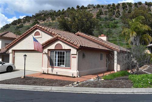 Photo of 1856 Loreto Gln, Escondido, CA 92027 (MLS # 210027315)