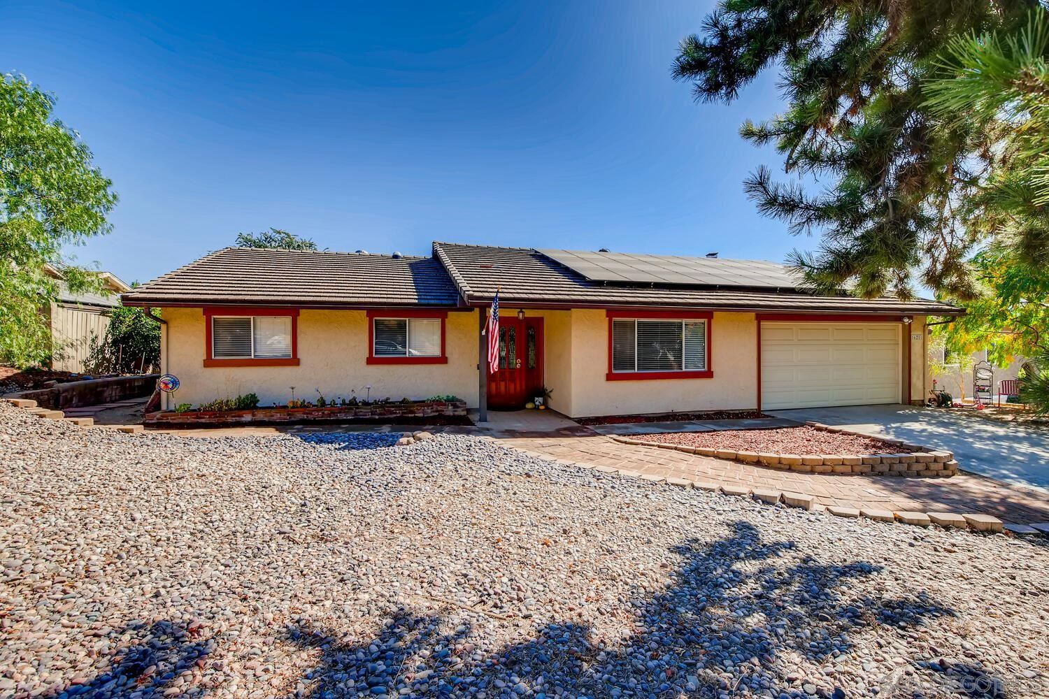 Photo of 16211 Oak Springs Dr, Ramona, CA 92065 (MLS # 200049315)