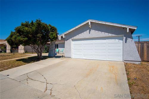 Photo of 378 Calle Vallecito, Oceanside, CA 92057 (MLS # 200032321)
