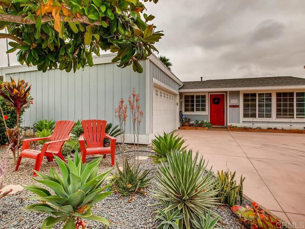 Photo of 215 Hypoint, Escondido, CA 92027 (MLS # 200045324)