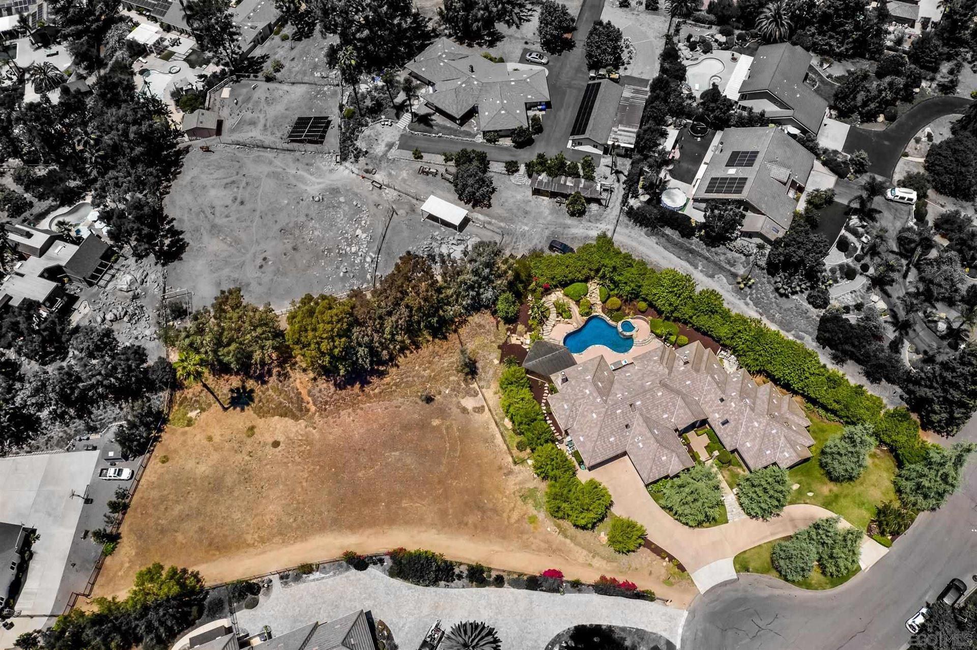 Photo of 16644 Valle Verde Road, Poway, CA 92064 (MLS # 210021329)