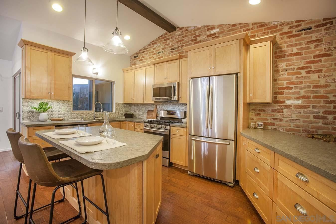 Photo of 2179 Glasgow Ave, Cardiff By the Sea, CA 92007 (MLS # 210025329)