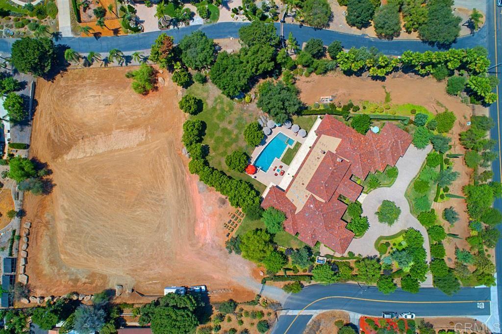 Photo of Calmar Drive, Escondido, CA 92029 (MLS # 200045331)