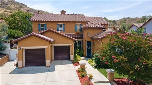 Photo of 3326 Holly Oak Ln, Escondido, CA 92027 (MLS # NDP2106334)
