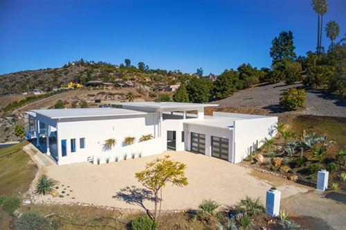 Photo of 31680 Wrightwood Rd, Bonsall, CA 92003 (MLS # NDP2100335)