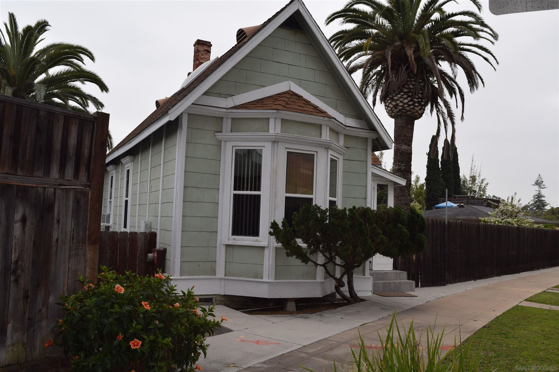 Photo of 305 Pomona Avenue, Coronado, CA 92118 (MLS # 210028336)