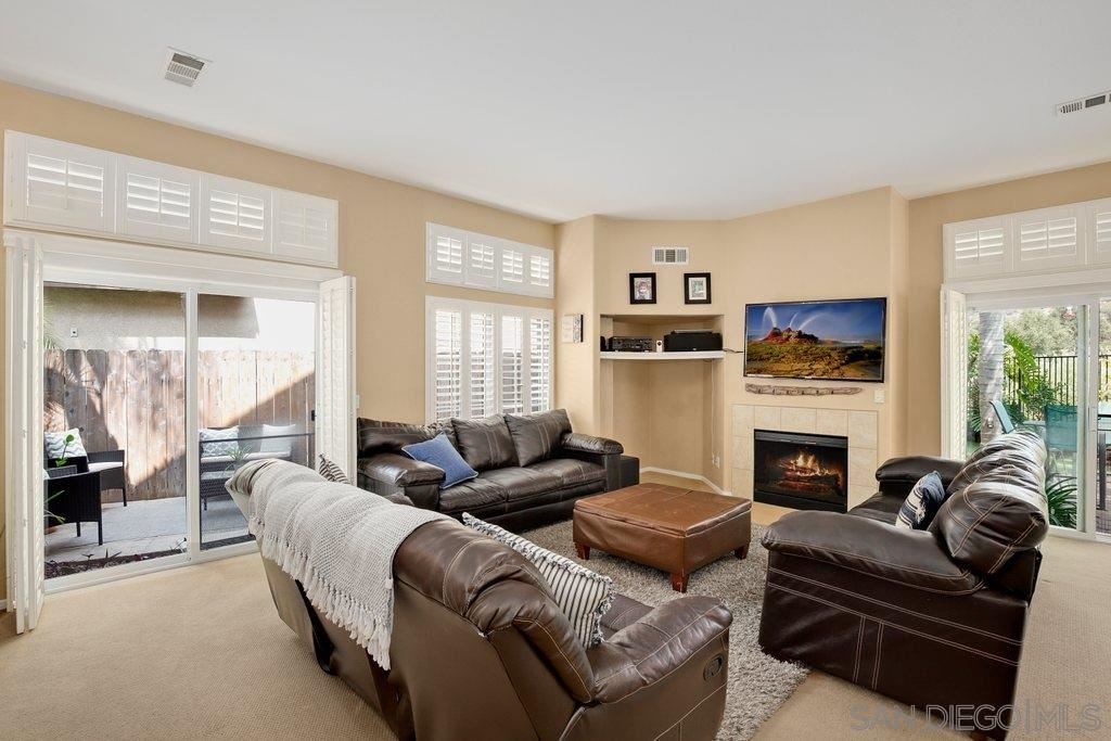 Photo of 8977 Courtyard View Dr, Escondido, CA 92026 (MLS # 200045339)