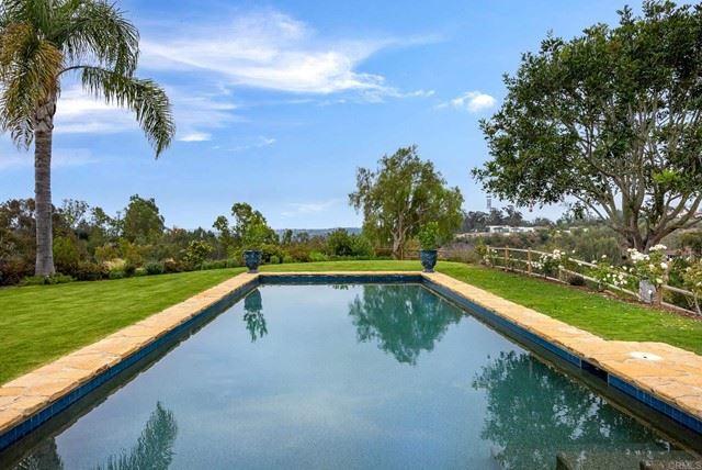 Photo of 5435 Calzada Del Bosque, Rancho Santa Fe, CA 92067 (MLS # NDP2106341)