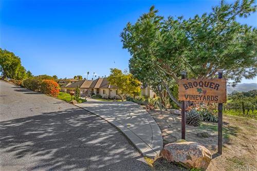 Photo of 2635 Vista de Palomar, Fallbrook, CA 92028 (MLS # 200032342)