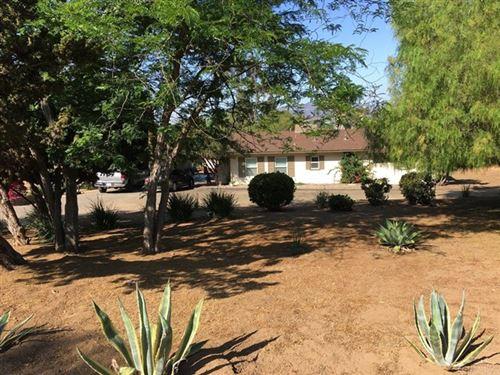 Photo of 1235 Oasis Dr, Escondido, CA 92026 (MLS # 180042344)