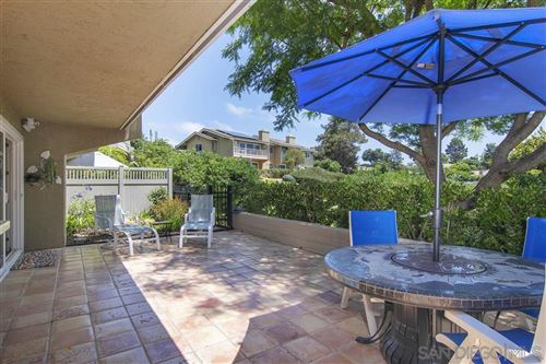 Photo of 2003 Caminito Circulo Norte, La Jolla, CA 92037 (MLS # 200032344)