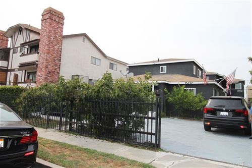 Photo of 12737 Mitchell Ave, Los Angeles, CA 90066 (MLS # 200042344)