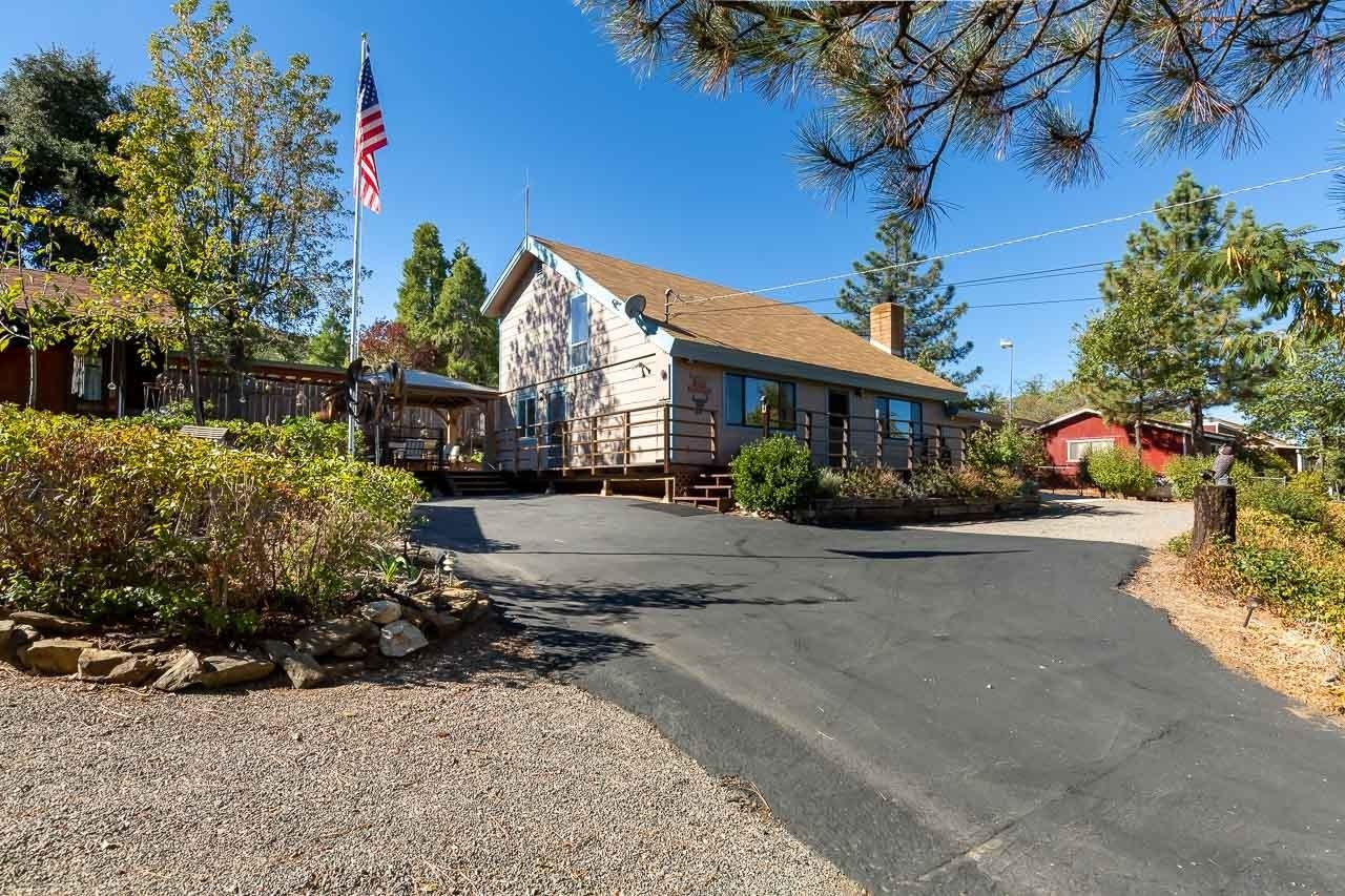Photo of 2784 Lakeview Dr., Julian, CA 92036 (MLS # 210001345)