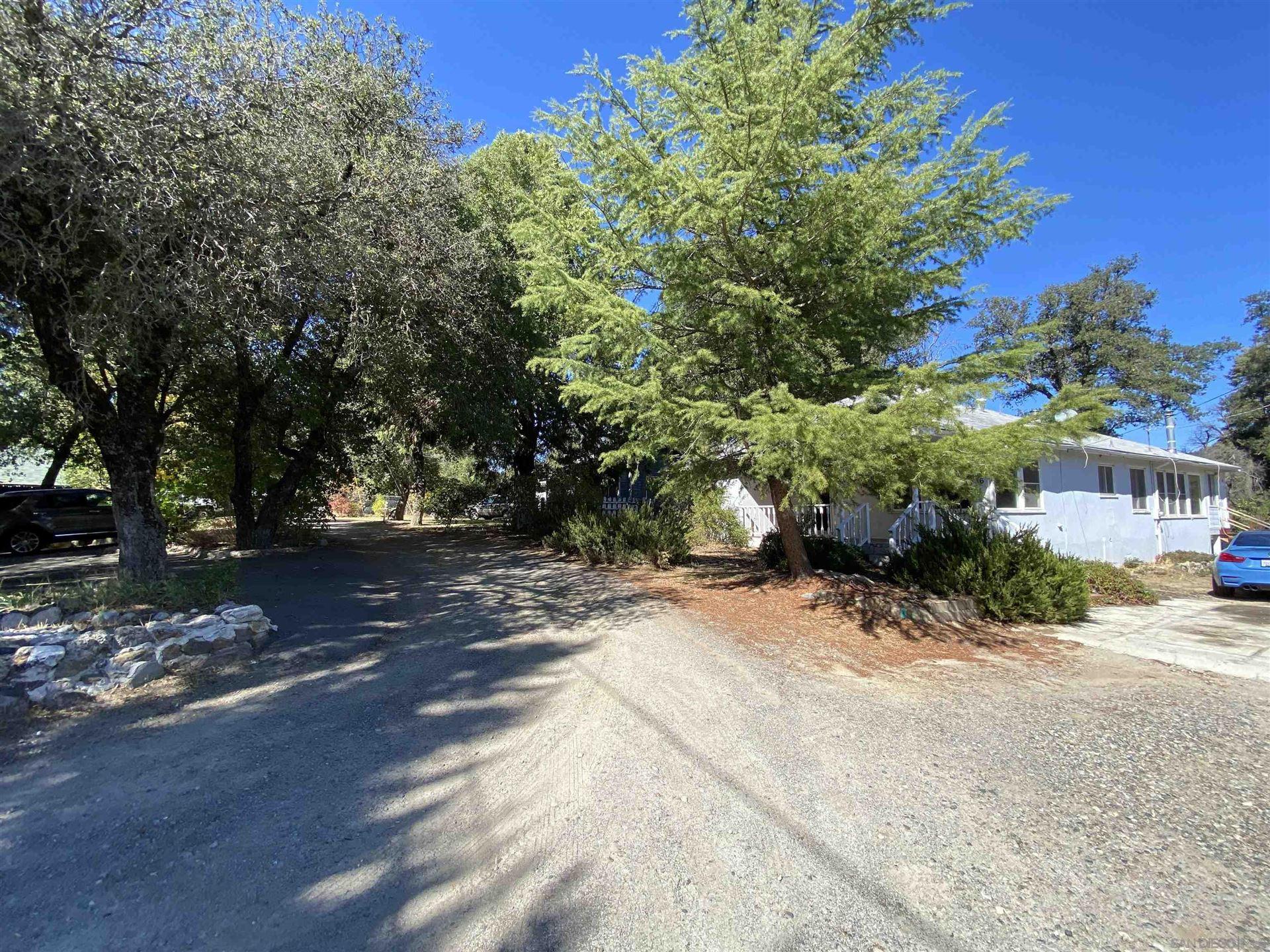 Photo of 1306 Ridge Trl, Julian, CA 92036 (MLS # 210029359)