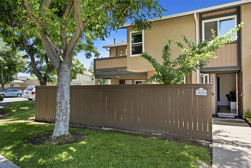 Photo of 10225 Kerrigan St, Santee, CA 92071 (MLS # 200028363)