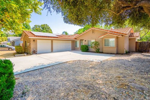 Photo of 24641 Rio Verde Dr, Ramona, CA 92065 (MLS # 200046367)