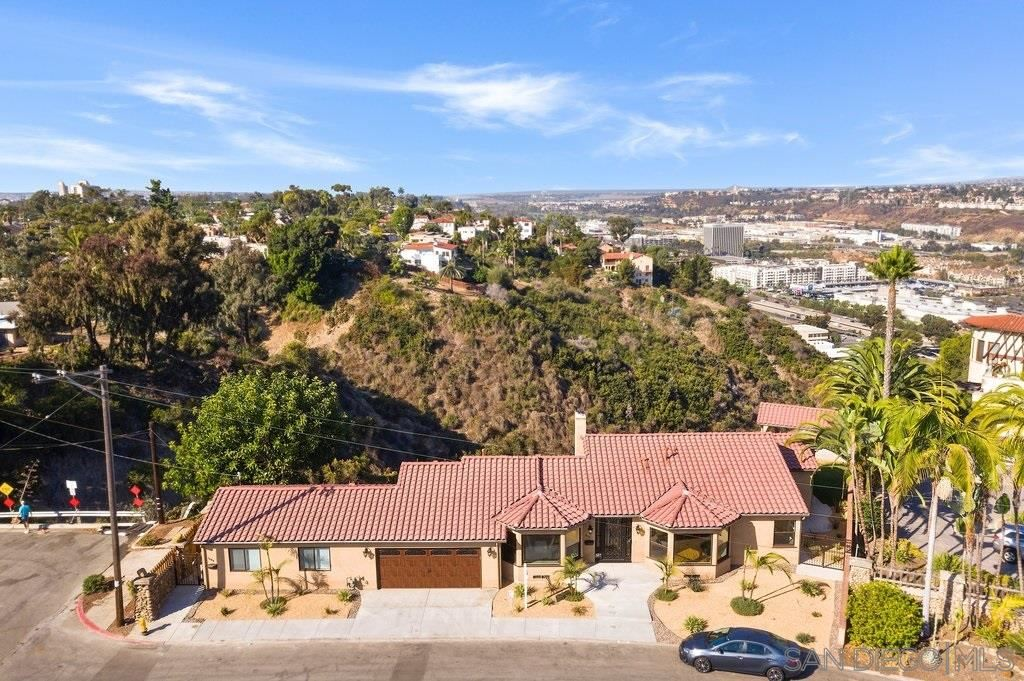 Photo for 1608 Mission Cliff Dr., San Diego, CA 92116 (MLS # 200050368)