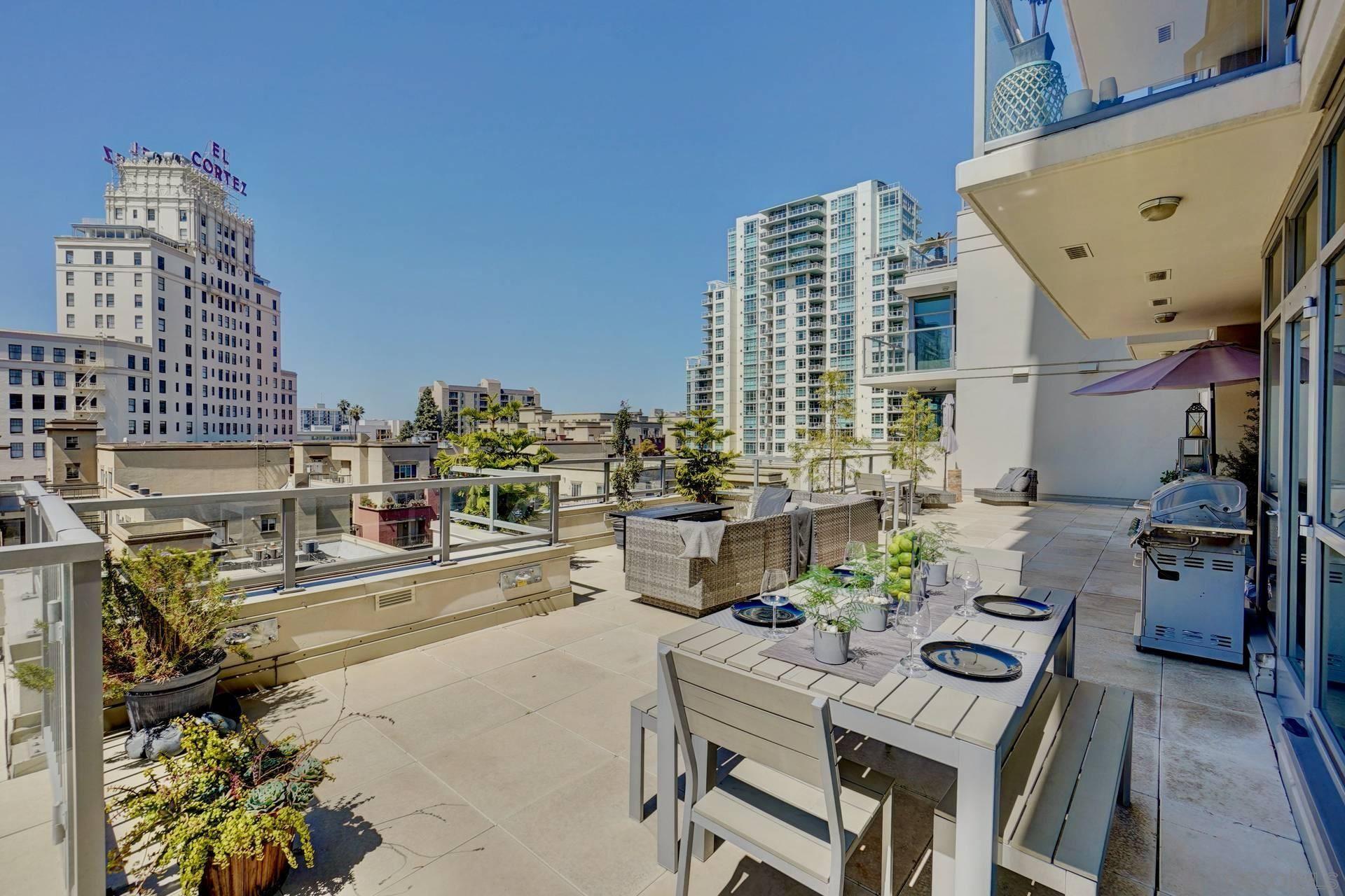 Photo for 1441 9th Avenue #803, San Diego, CA 92101 (MLS # 210008370)