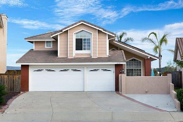 Photo of 2191 Opal Ridge, Vista, CA 92081 (MLS # NDP2100374)