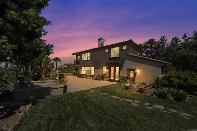 Photo of 27392 TUMBLEWEED Trail, Valley Center, CA 92082 (MLS # NDP2110376)