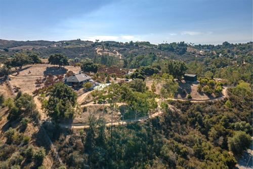 Photo of 40505 Sandia Creek Drive, Fallbrook, CA 92028 (MLS # NDP2001377)