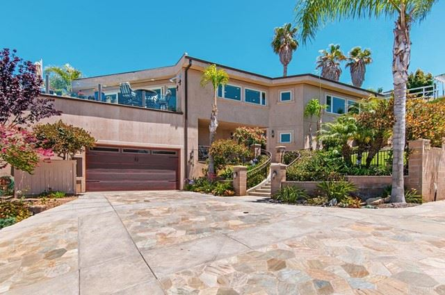 Photo of 830 Highland Drive, Solana Beach, CA 92075 (MLS # NDP2111377)