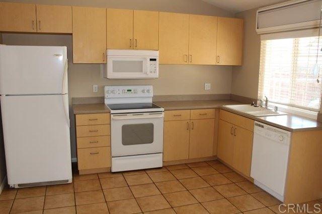 Photo of 10827 GREENCASTLE ST, Santee, CA 92071 (MLS # PTP2102377)