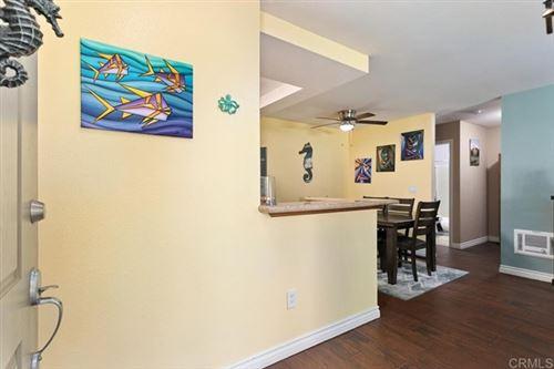 Tiny photo for 432 Edgehill Lane #53, Oceanside, CA 92054 (MLS # NDP2110380)