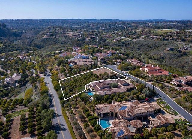 Photo of 6421 Strada Fragante, Rancho Santa Fe, CA 92091 (MLS # NDP2109382)