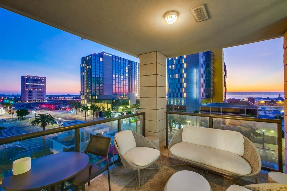Photo for 1199 Pacific Highway #705, San Diego, CA 92101 (MLS # 200050383)