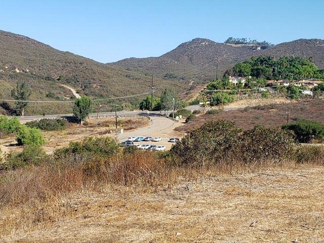 Photo of 20342 Lookout, Escondido, CA 92058 (MLS # NDP2110383)