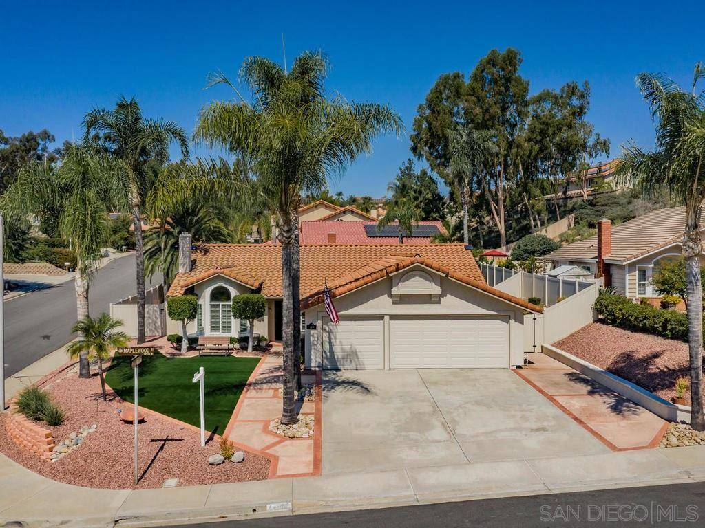 Photo of 14500 Maplewood St, Poway, CA 92064 (MLS # 200043384)